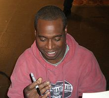 220px-Phill_Lewis_2007